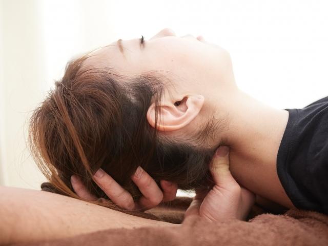 頭痛による不快な症状を改善します
